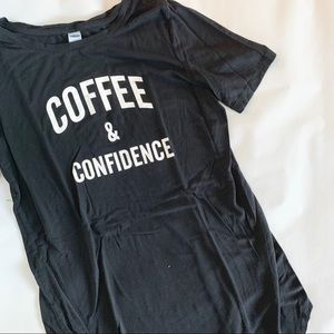 "🍁 OLD NAVY ""COFFEE AND CONFIDENCE"" GRAPHIC TEE XS"